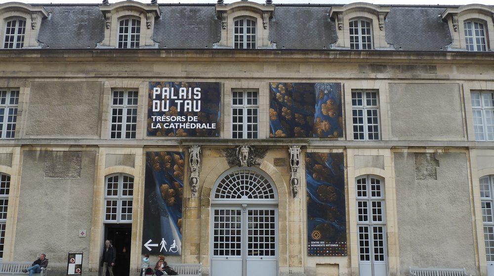palais-du-tau
