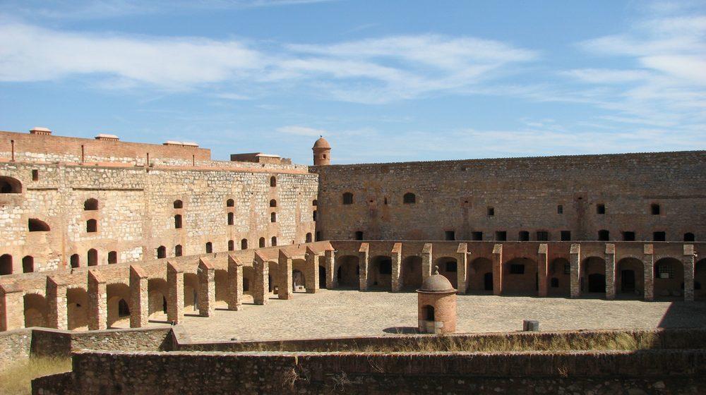 forteresse-de-salses-cour-interieure