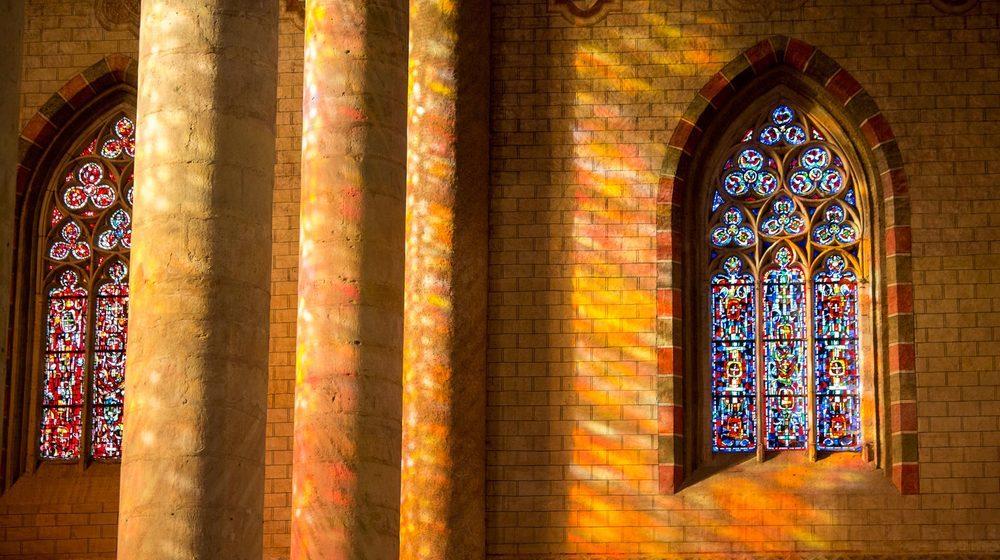 Toulouse Couvent des JacobinsToulouse Couvent des Jacobins Reflets de lumière dans l'église©Jacques Sierpinski