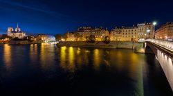 Croisière-promenade sur la Seine de nuit avec Notre-Dame de Paris