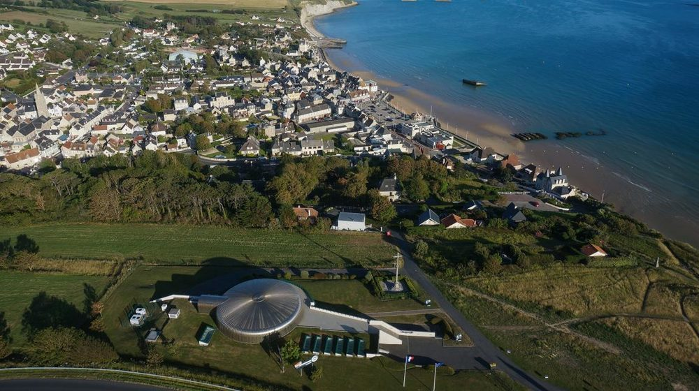 The town of Arromanches and the Cinema Circulaire 360