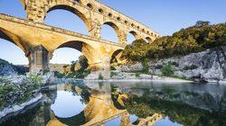 Pont du Gard, symétrie des reflets © A Rodriguez