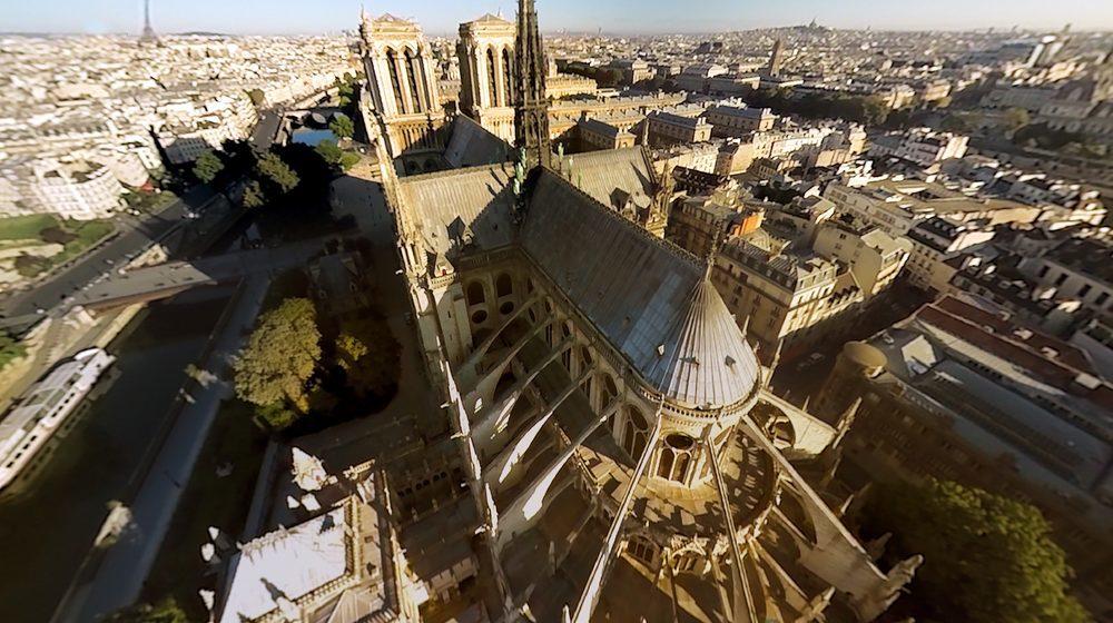 Vue sur Notre Dame de Paris © FlyView Paris