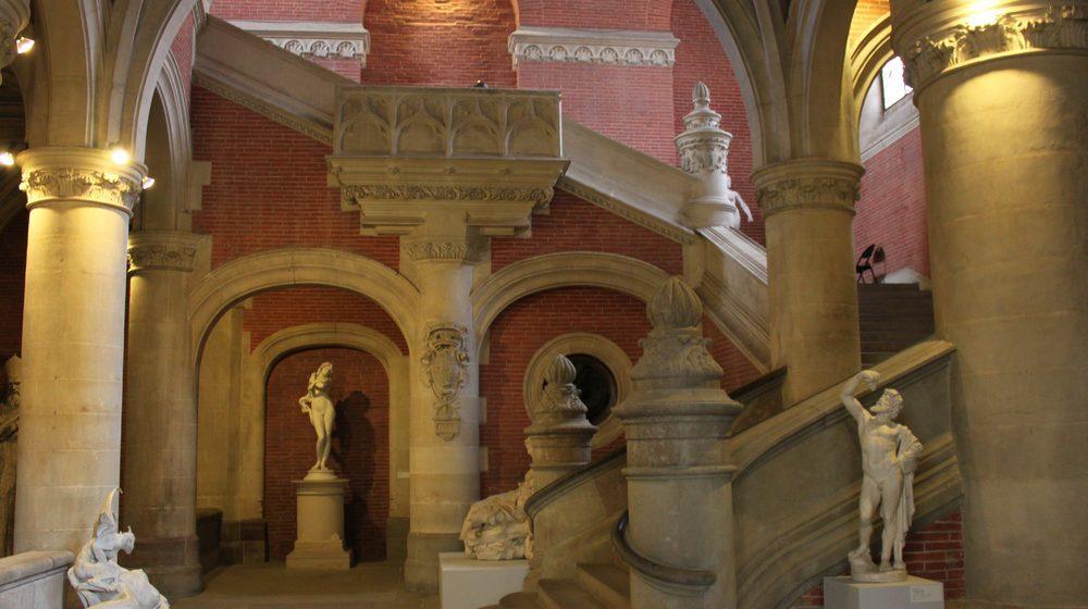Toulouse - Musée des Augustins : Escalier d'Honneur By Pistolero, CC BY 3.0